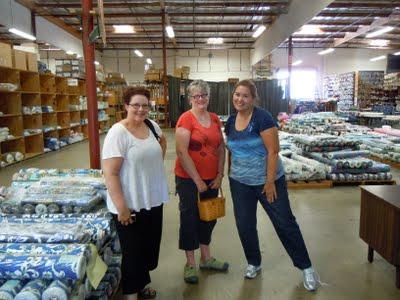 DSCN1614 A Trip to Hoffman Fabrics