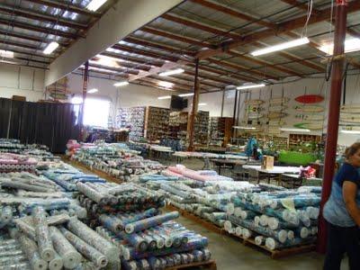 DSCN1615 A Trip to Hoffman Fabrics