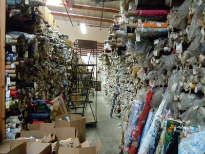 DSCN1624 A Trip to Hoffman Fabrics