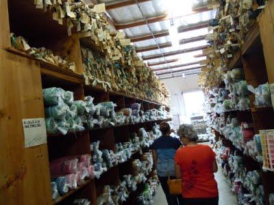 DSCN1626 A Trip to Hoffman Fabrics